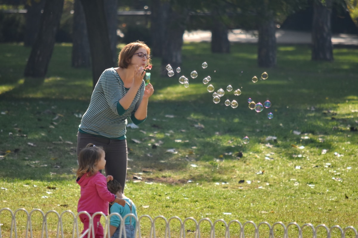 Planning a Day at the Park With Your Children or Grandchildren